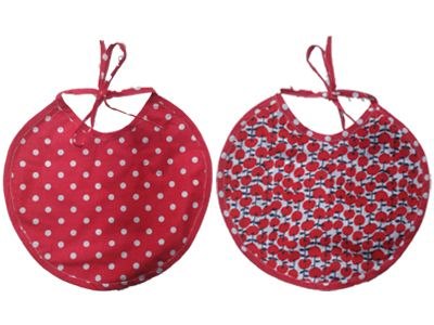 ronde slabber met een patroon van kersen