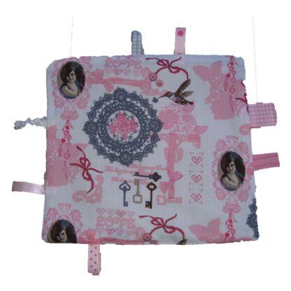 handgemaakt labeldoekje grijs/roze